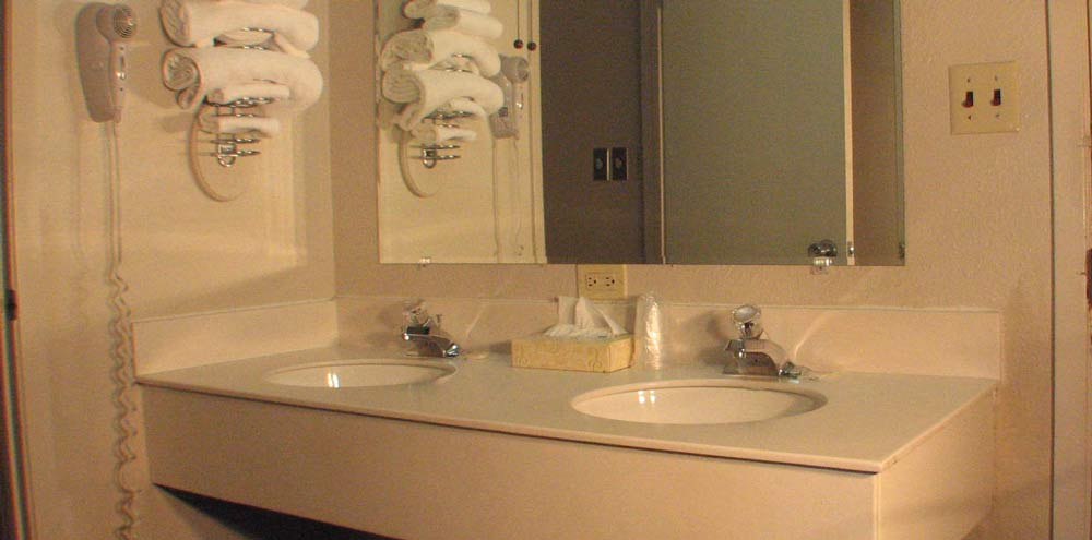 Royal 7 bathroom